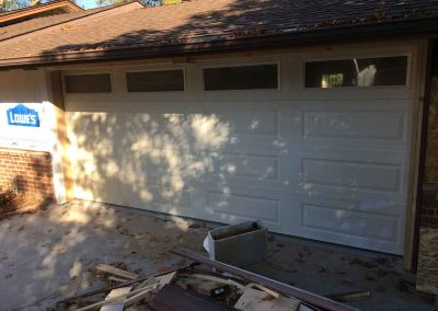 Garage Door Off the Track Repair – Fair Oaks, CA