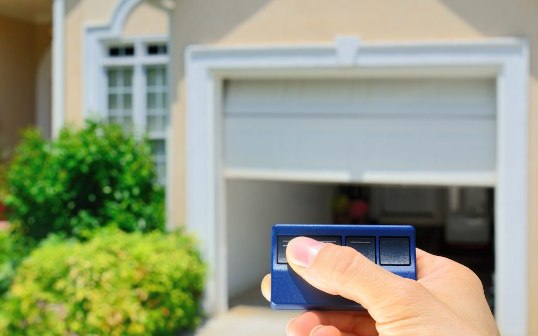 5 Telltale Signs You Need Your Garage Door Repaired