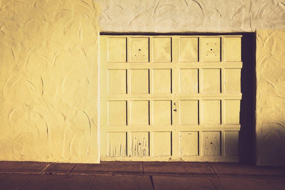 How to Quiet Down a Squeaky Garage Door